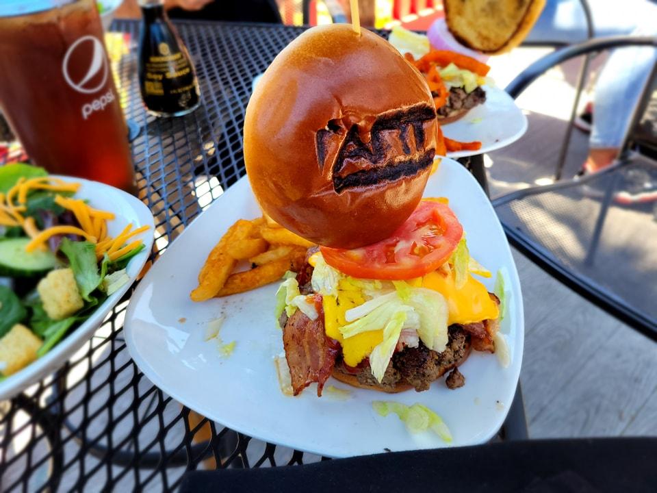 Hamburger Review Art Burger Myrtle Beach SC. OceanFront!